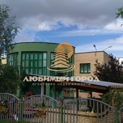 ГУБЕРНАТОР_новый дет. сад напротив